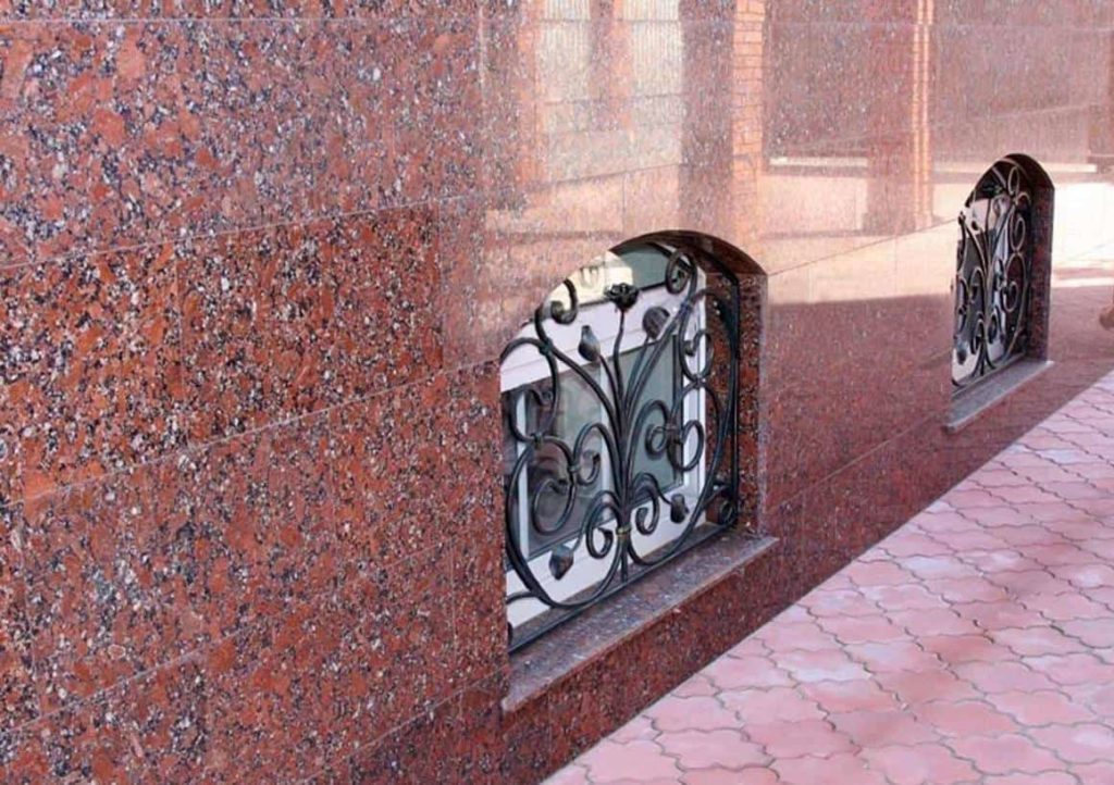 Облицовка и отделка фасада камнем